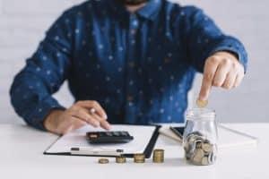 חיסכון במיסים